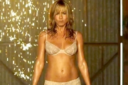 Striptiz Jennifer Aniston