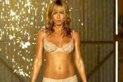 Striptiz Jennifer Aniston