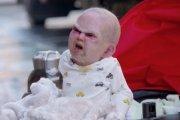 Dziecko diabła na ulicy