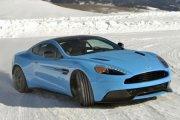 Gwiazdy Astona Martina tańczą na lodzie