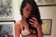 Lauren Loretta - seksowna siostra kolegi