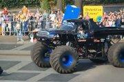 Monster truck zasiał śmierć
