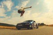 Człowiek vs Audi R8