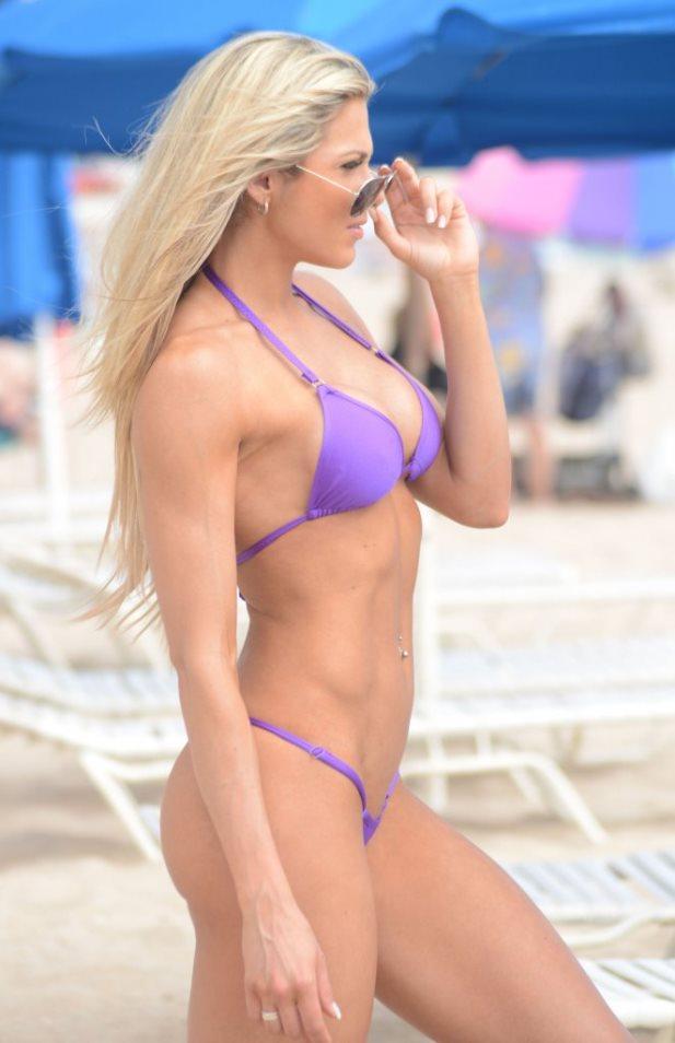 Jill Bunny w bikini