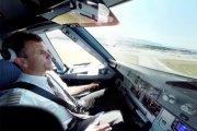 Lot w kokpicie Airbusa A320