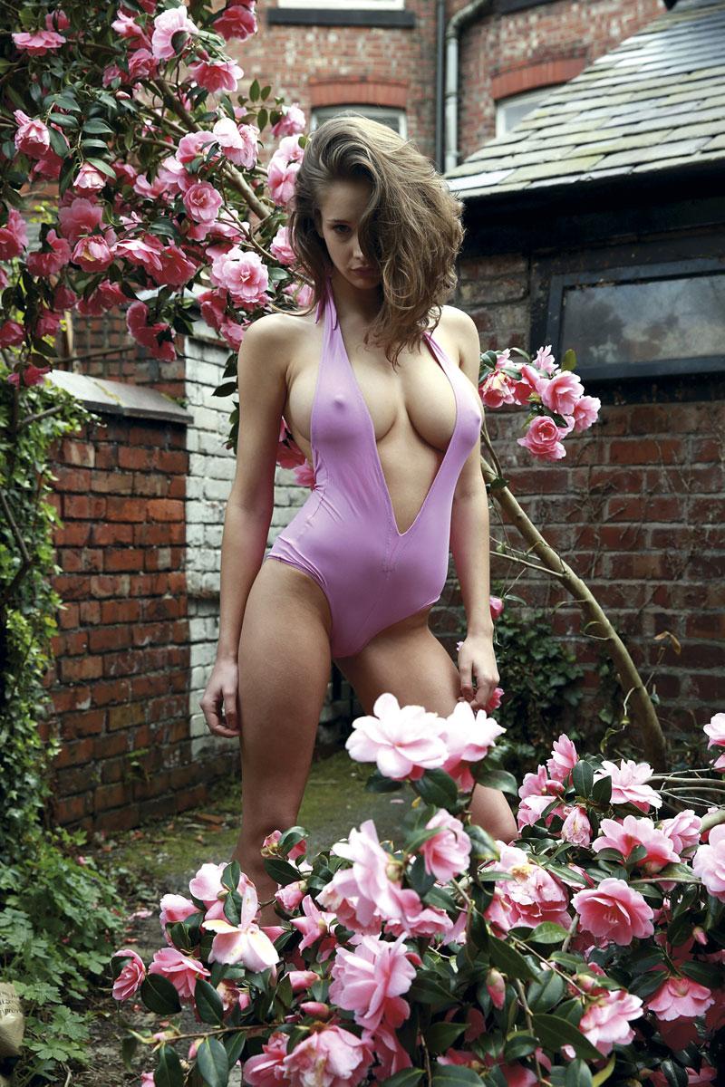 Naked Fashion Girls