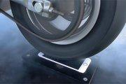 Palenie gumy na iPhonie 6s