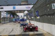 Wyścigi bolidów bez kierowców w 2016