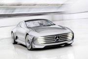Mercedes zmieniający kształt
