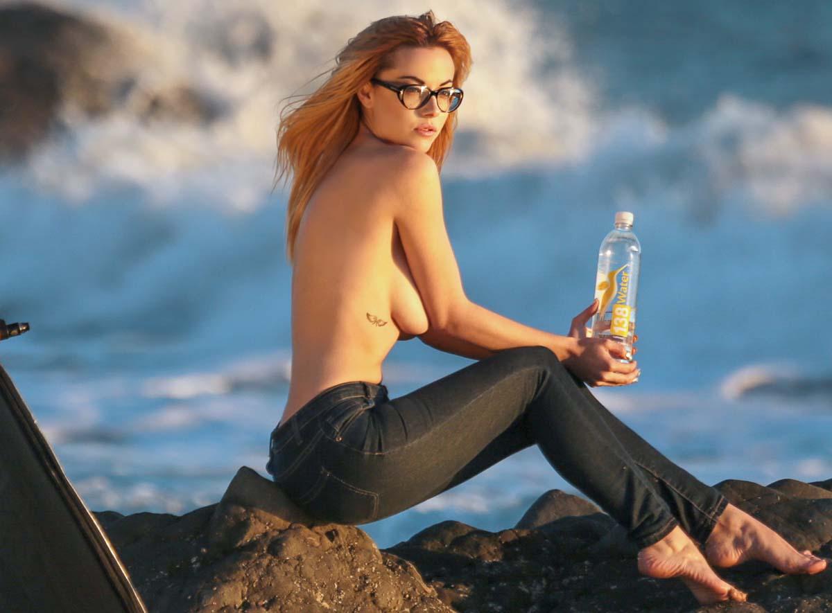 Elizabeth Marxs topless