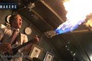 Ziejąca ogniem gitara z Mad Maxa