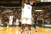227 kg latającej gracji - najcięższy koszykarz