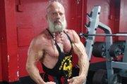 64 letni nordycki bóg