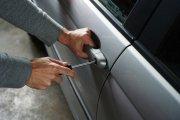 """""""Jak mogę starać się o odszkodowanie z ubezpieczenia AC, jeśli mój samochód zostanie skradziony?"""" Odpowiadamy na często zadawane pytania"""