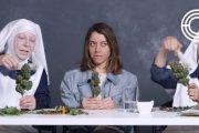 Aubrey Plaza pali jointa z 'trawkowymi' zakonnicami