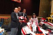 11-latka chce wygrywać wyścigi F1