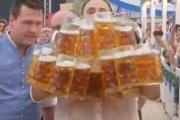 Nowy rekord świata w noszeniu kufli z piwem