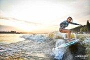 Wakesurfing, czyli co przegapiłeś w tym sezonie, a w kolejnym stanie się twoim hobby