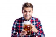 Dlaczego piwo sprawia, że jesteśmy szczęśliwi