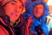 Polscy himalaiści utknęli w drodze na szczyt, potrzebna jest pilna pomoc