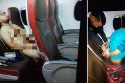 Pasażer samolotu oglądał porno nago, po czym zaatakował stewardessę
