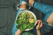 Zastanów się dwa razy nim staniesz się weganinem – ta dieta nie krzywdzi zwierząt, tylko ludzi