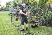 Z piwnicy na ulicę – jak przygotować rower do jazdy po zimowej przerwie