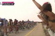 Nagie piersi fanki podczas… wyścigu Giro d'Italia