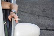 Być może już niedługo nie będziesz mógł zapalić papierosa w swoim samochodzie