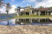 Dawna posiadłość Pablo Escobara została przerobiona na… teren do gry w paintball