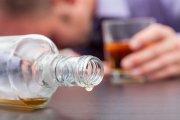 Dlaczego niektórzy mają większe skłonności do upijania się w trupa