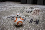 """Polka zbudowała robota ze """"Star Wars"""" w ramach pracy inżynierskiej"""