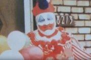Zabójczy Clown grzebał tu ofiary. Posiadłość na sprzedaż