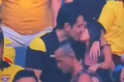 Poszedł z kochanką na mecz. Ich pocałunek zobaczyły 22 mln widzów