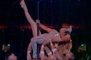 J.Lo i Shakira wywołały oburzenie. Dały zbyt seksowny występ
