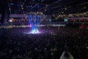 Tysiące osób w hali podczas koncertu. Kapela w ogniu krytyki