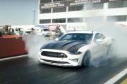 Mustang Cobra z silnikiem elektrycznym. Ma 1400 koni mechanicznych!