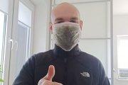 Roślinna maska zatrzymująca wirusy. Powstała w Polsce