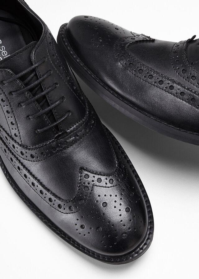 buty-sznurowane-ze-skory.jpg