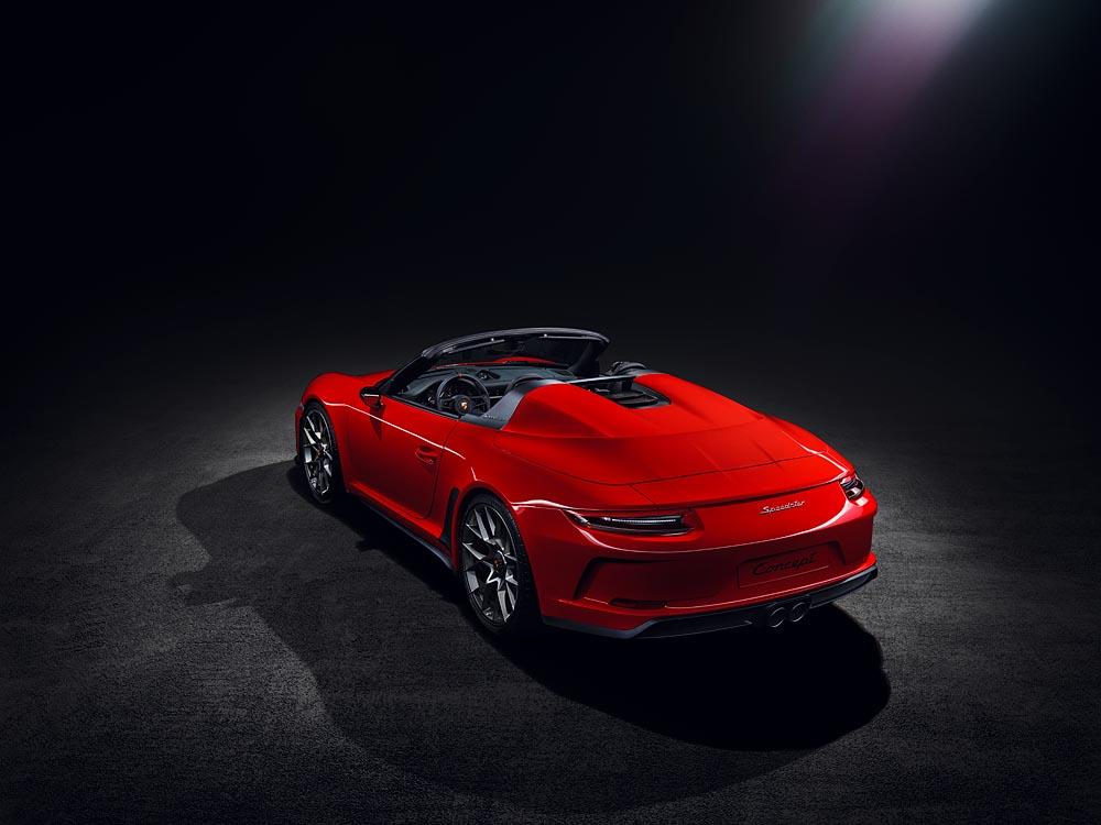 Tak się wozi Lewandowski - Porsche 911 Speedster