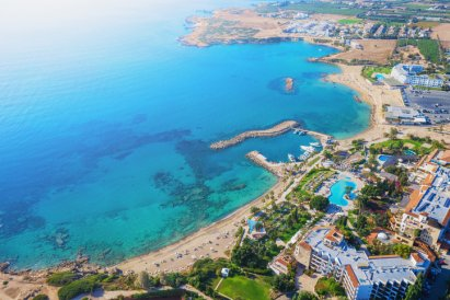 /lifestyle/darmowe-wakacje-na-cyprze-musisz-tylko-zarazic-sie-covid-19,23529,1,a.html