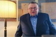 Dziennikarz parodiuje ministra. Wojciech Mann daje popis na Facebooku