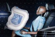 Rewolucyjne poduszki powietrzne. Mercedes pokazał swój wynalazek