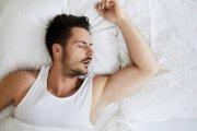 Twarde łóżko dla twardego faceta, miękkie dla miękkiego? Jak to dobrać?