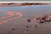 Poczuj się jak na Marsie. Spektakularne zdjęcia z Czerwonej Planety!